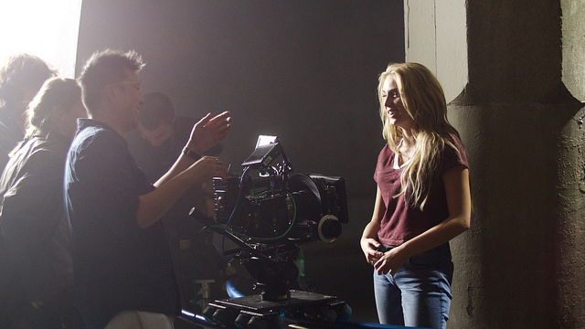 Saxon Sharbino on set